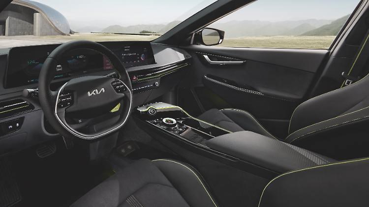 Kia_EV6_GT_03.jpg