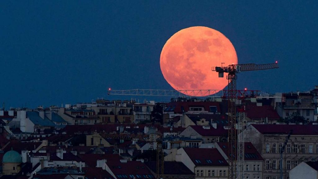 Super Moon over Germany: This was the largest full moon in 2021 - when it could be seen again