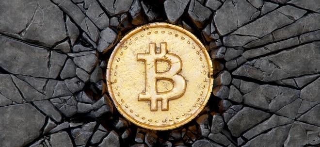 Ausbruch voraus? Bitcoin behält Rekordhoch im Blick