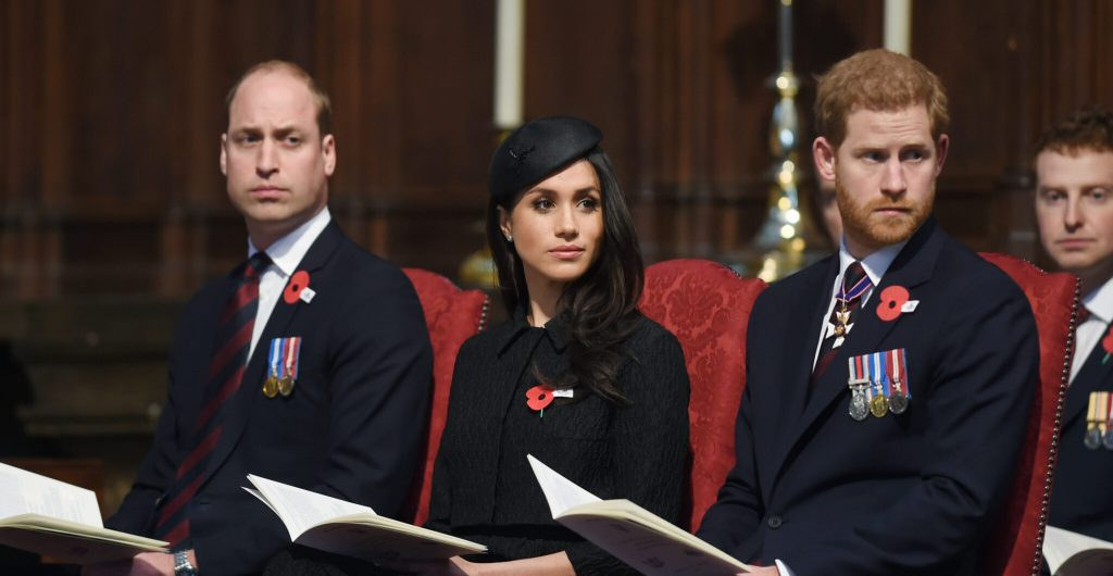 Queen's Orders: Harry and William must be separated during the funeral