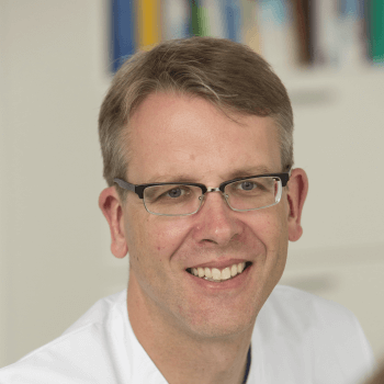 Special Lecturer Dr.  Average.  Christian Books, coordinator of the DGVS line for colorectal cancer, is the chief physician at the medical clinic at St. Joseph Stiftung in Bremen.