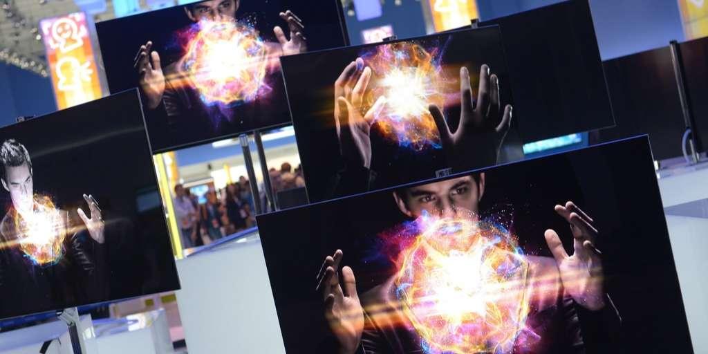Samsung introduces revolutionary OLED screens