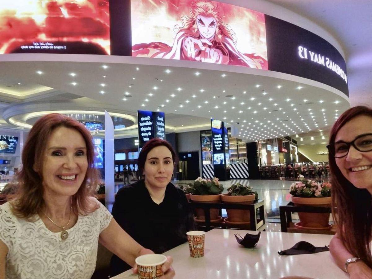 Here Princess Latvia can be seen in the Dubai Mall.  Image is reversed;  Advertise for a movie