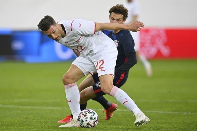 Back to Torn Knee Ligaments: Fabian Sheer.