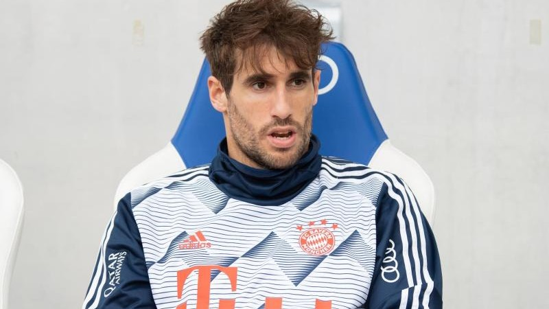 "Football - Bayern Munich bids farewell to Martinez, ""the team player"""