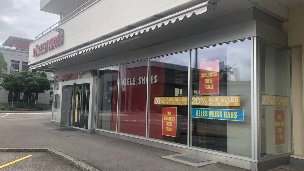Clear cut in Vögele Shoes in Aarau