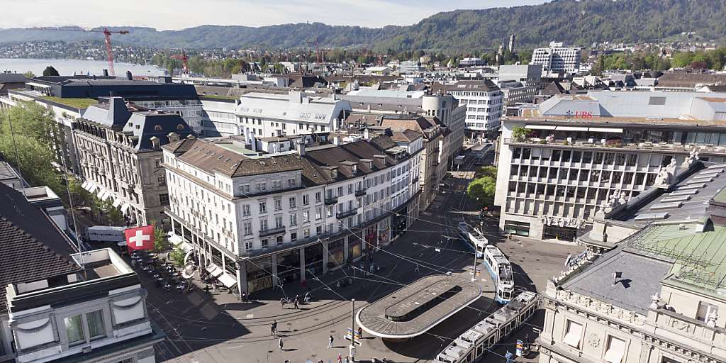 The IRS asks Switzerland for customer data from 40 institutions