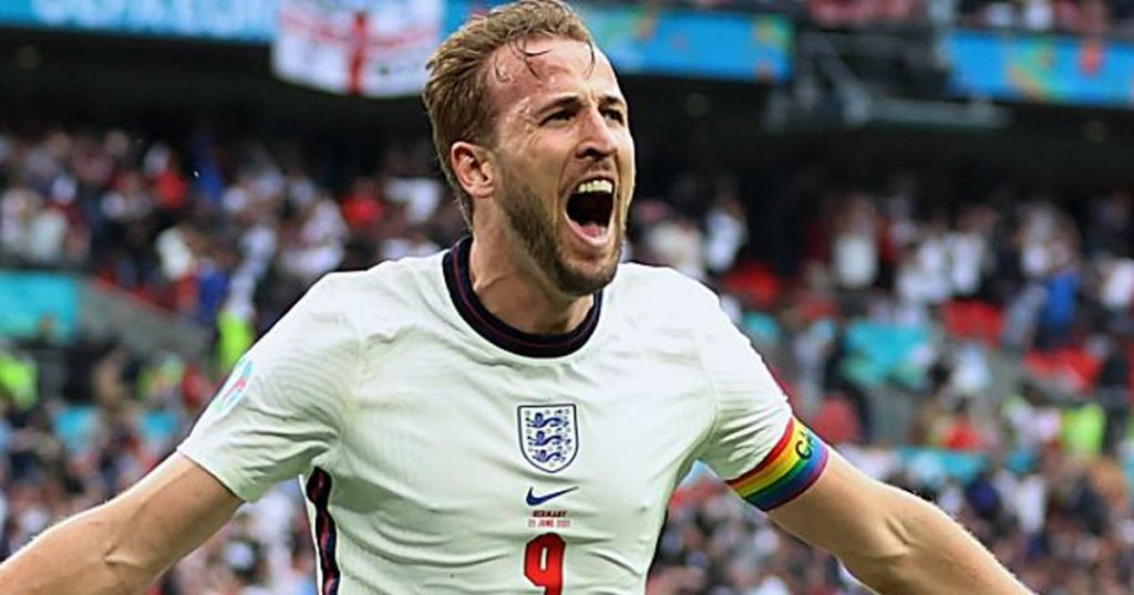 England beat Germany to reach the quarter-finals