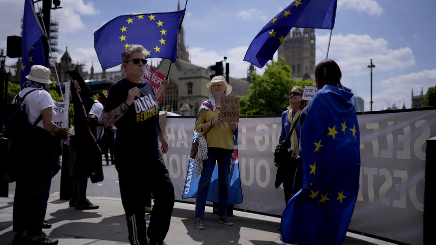 EU citizens are being threatened by Brexit problems in Great Britain
