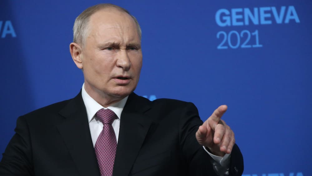 Putin does not allow himself to be trapped in Navalny in front of the cameras