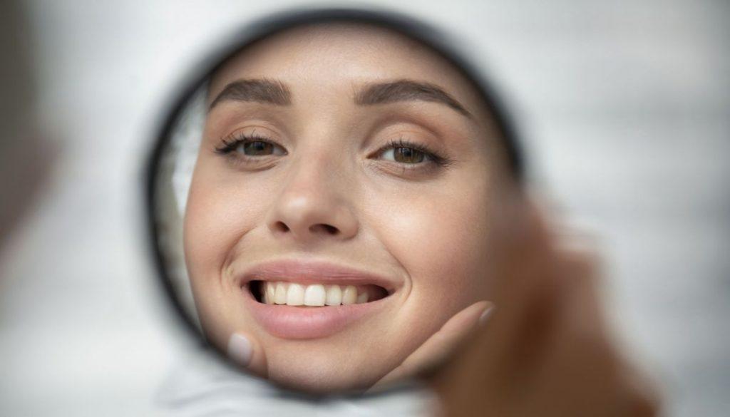 Receding gums promotes Alzheimer's disease |  aponet.de