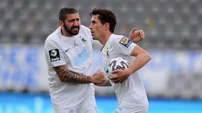 The guarantee of success at TSV 1860: striker Sasha Mulders (left) and full-back Philip Steinhardt.