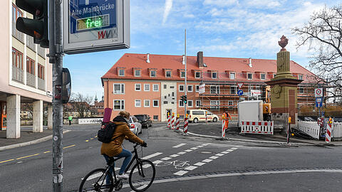 The pop-up bike path in Würzburg aims to make space for cyclists