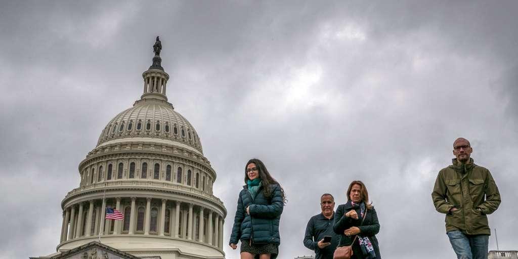 Disagreement over US debt ceiling - government deadlock looms