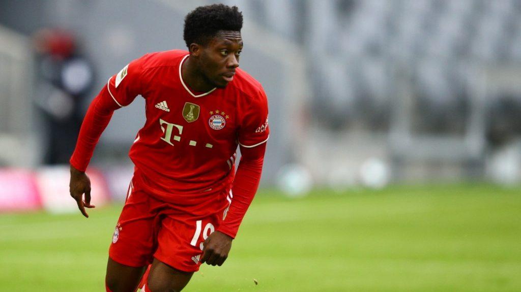 Bayern Munich - Alfonso Davies leaves the national team injured