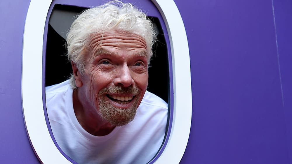 Branson wants to shoot himself in space with Virgin Galactic before Bezos