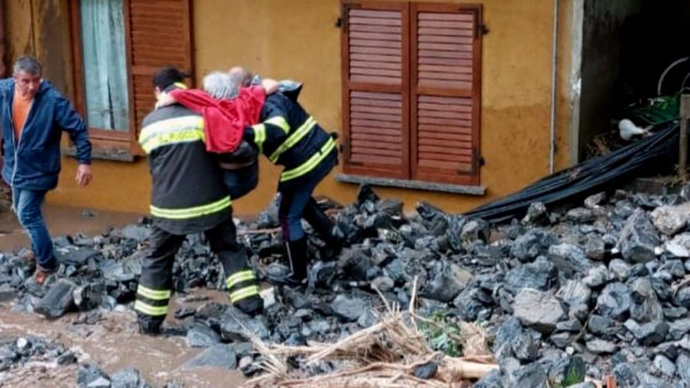 Como was hit by mudslides and landslides