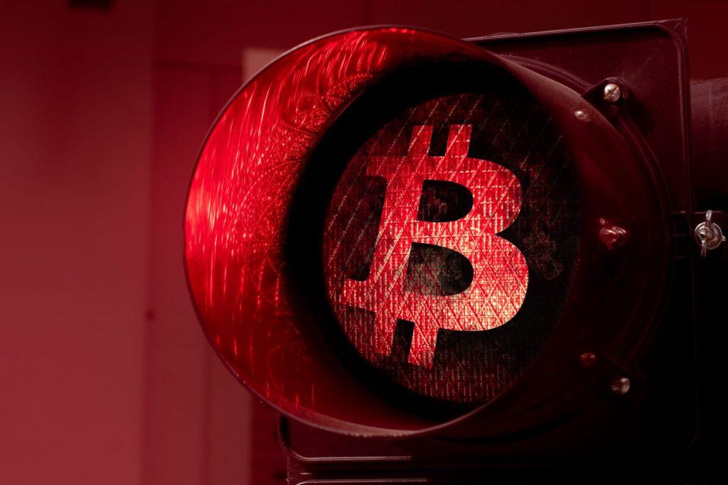 Despite $424.8 Million Loss - MicroStrategy commits to Bitcoin
