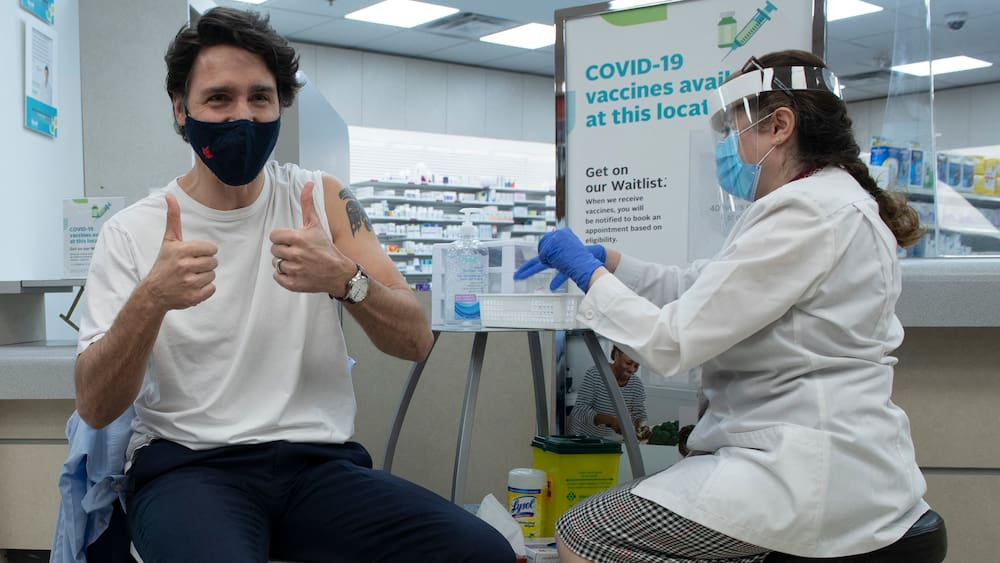First Americans, then the Swiss: Canada opens borders to vaccinators