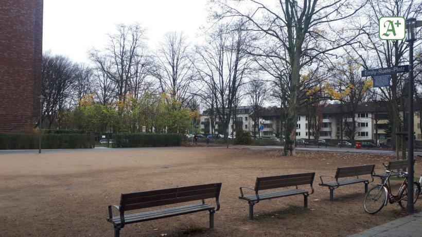 """N **** slaves"": an area ending around Emily-Ruete-Platz"