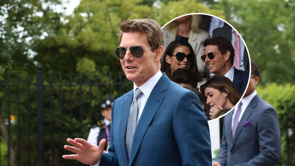 Tom Cruise loves gossip with Hayley Atwell