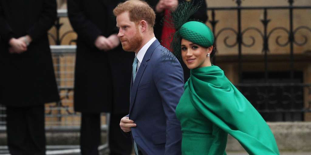 """Meghan Markle Finds Royal Aus """"Tougher Than Expected""""!"""