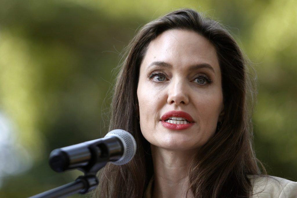Angelina Jolie gives the voice of the Afghan girl on Instagram