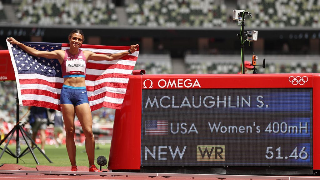 Sidney McLaughlin (USA) sets a world record for gold over 400 hurdles - Athletic Mix
