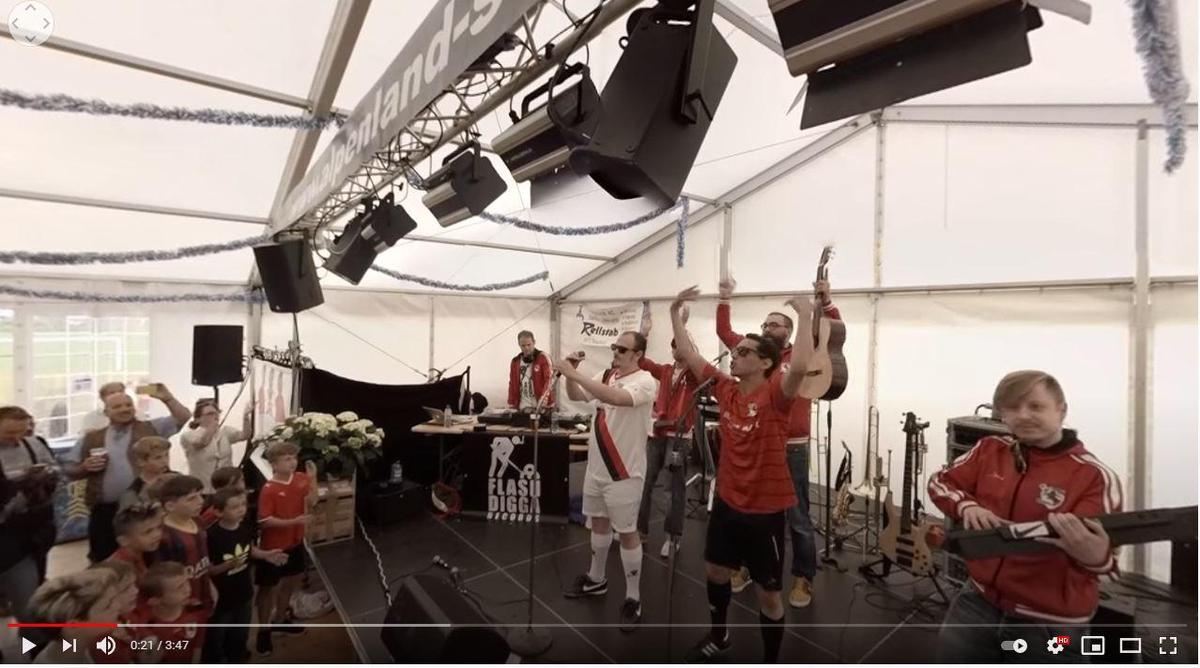 The Seuzach village club plays the fan song in the Premier League.