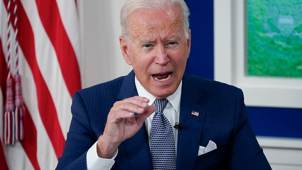 Biden angry with US border guards - look