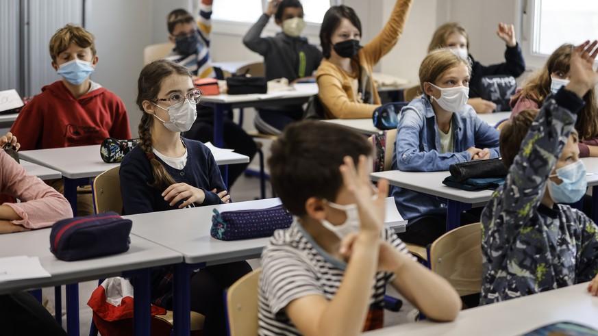 France baffles over bullying of children born in 2010