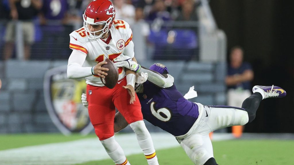 NFL Round Two: Mahomes' sudden bankruptcy, Brady magic party - US SPORT