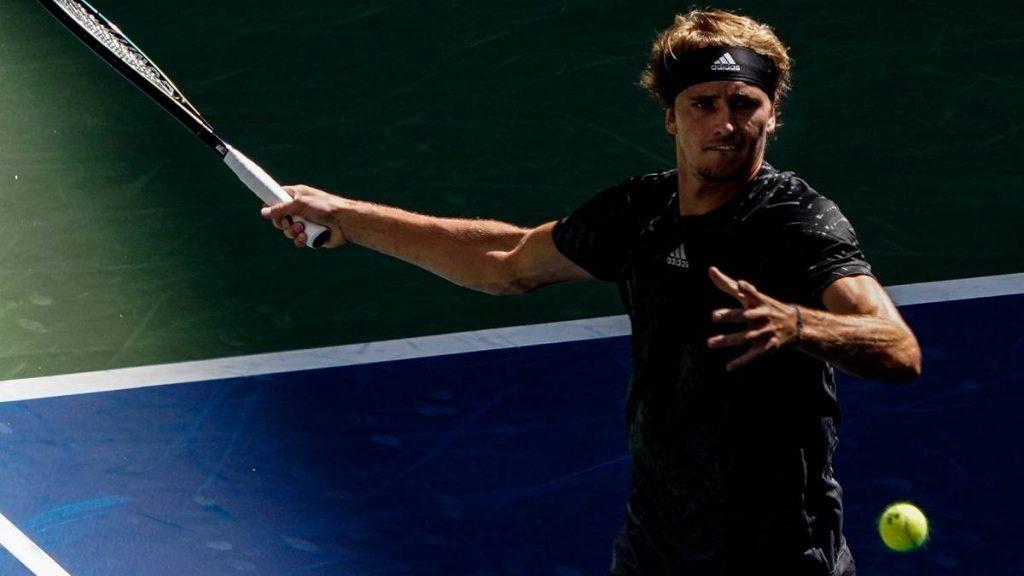 Alexander Zverev hat bei den US Open die dritte Runde erreicht.