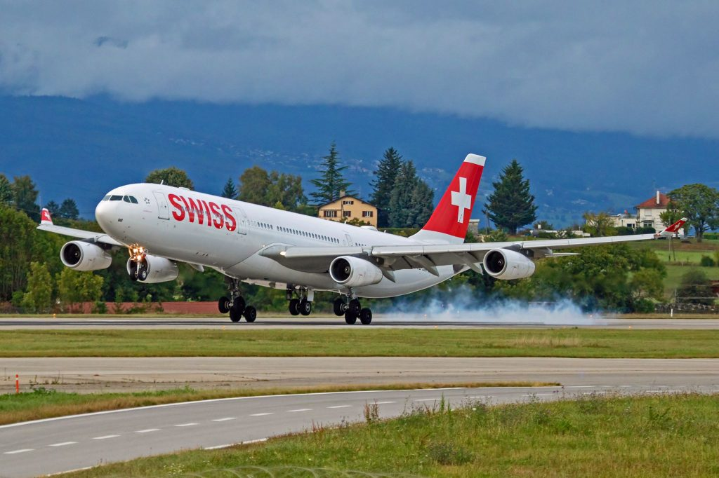 Switzerland: With an Airbus A340 from Zurich to Geneva