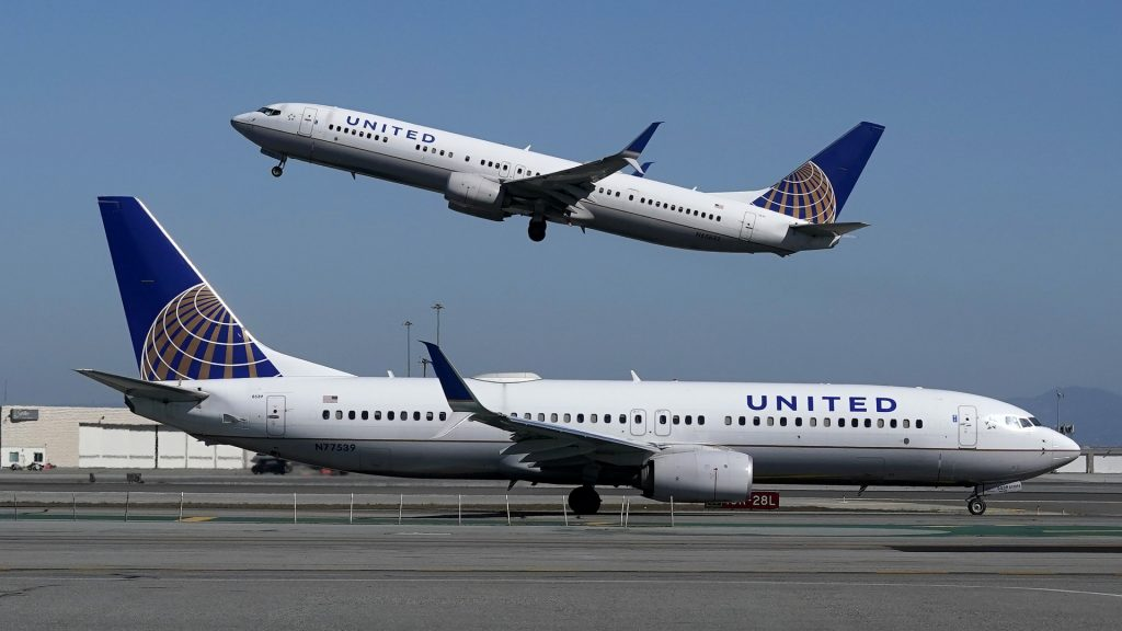 United Airlines: Hundreds of vaccination refusals have been denied