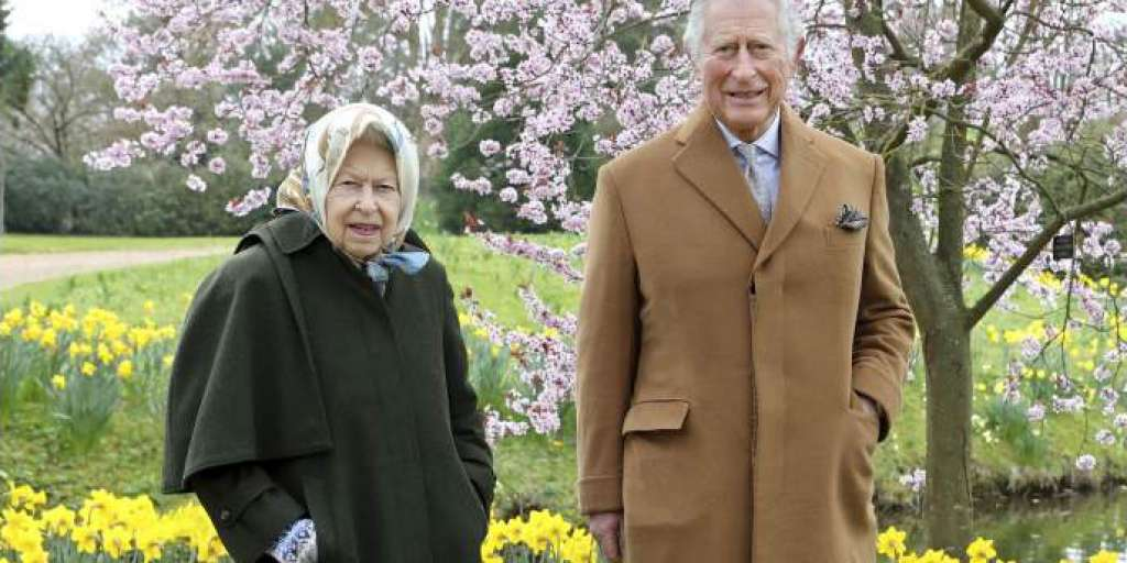 Queen Elizabeth Finds Prince Charles 'Very Difficult'