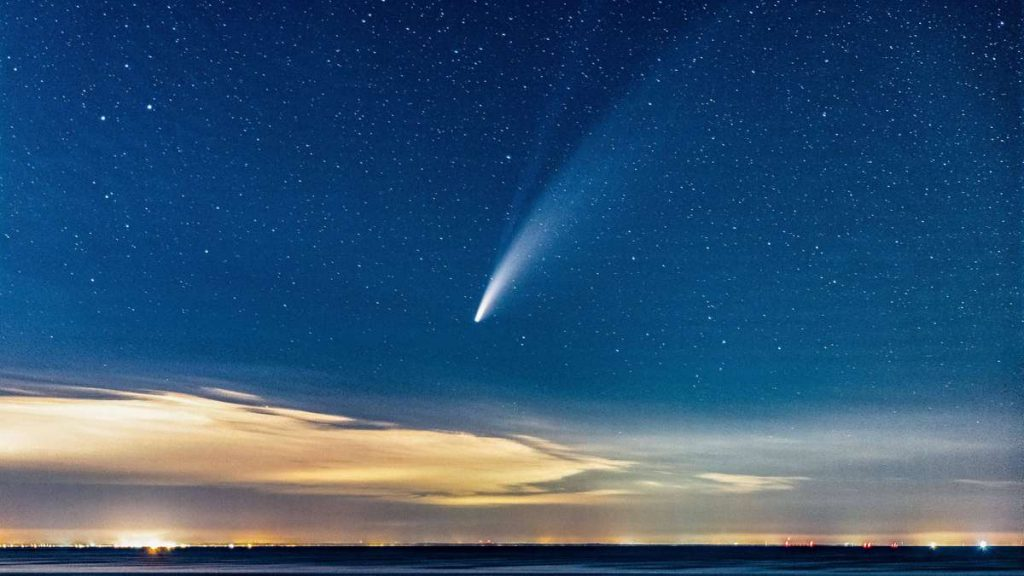 A long-known celestial body behaving strangely - is an asteroid a comet?